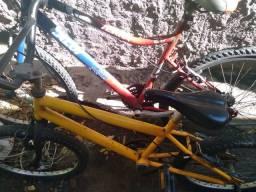 Troco duas bicicletas por dois celular grande
