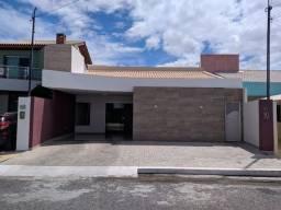 Alugo uma linda Casa no Condomínio Sol Nascente