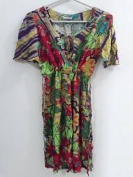 Três vestidos por R$100,00