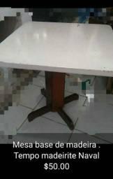 Mesa base de madeira