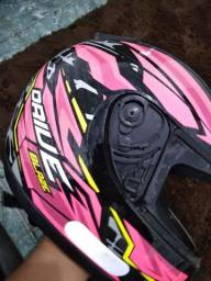 Vendo capacete sem viseira