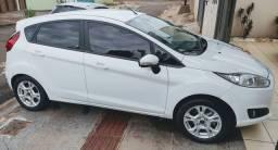 Ford New fiesta automático ( baixo km,doc 21, pneus novos) impecável
