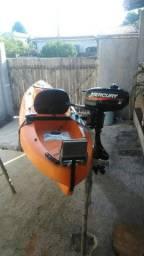 Caiaque barracuda com motor Mercury