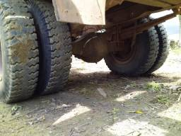 Caminhão madereiro