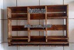 Mini bar de pallet rústico R$100,00