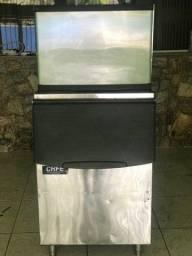 Máquina de fazer gelo até 315 kg ao dia
