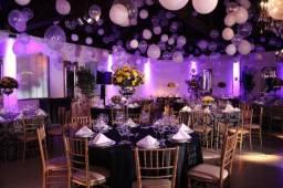 145 Cadeiras Tiffany douradas para salão evento com assento em ótimo estado