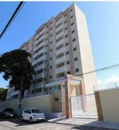 Apartamento com 3 quartos e varanda no Antônio Bezerra