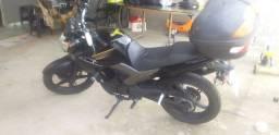 Moto fazer 250 ano 2010 Preta