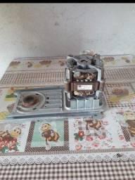 Motor de tanquinho Arno R$ 100