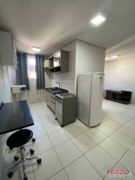 Apartamento com 1 dormitório para alugar, 23 m² por R$ 750,00/mês - Zona 07 - Maringá/PR