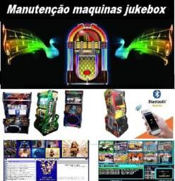 Manutenção em maquina de musica jukebox