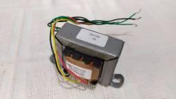 Transformador 110 - 220 / 15 + 15V, 1A