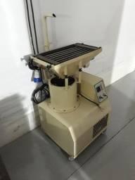 Temperadeira para chocolate e centrifuga