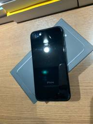 iPhone 7 preto brilhoso de 128gb