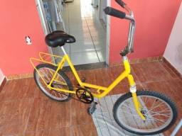 Bicicleta monareta peças novas, dando o computador também 11 meses de uso