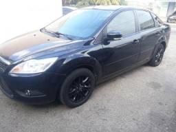 Vendo Focus sedan - 2012