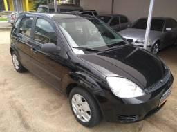 Fiesta Hatch 2003/2003 Completo - 2003