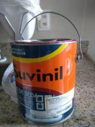 Lata de tinta Suvinil Acetinado Base B