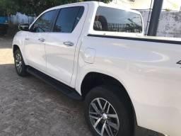 Hilux srx 17/17 novíssima diesel - 2017