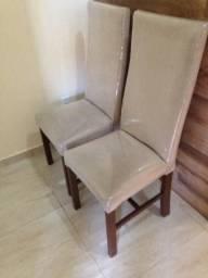 Seis cadeiras bem conservadas. Faço negócio