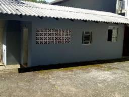 Casa 3 peças no São Lourenço por 500 reais