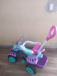 Quadriciclo infantil passo no cartão