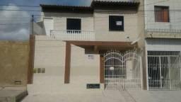 Casa p/ superior na Rua 43/37, c/ 3 quartos, Bairro Marcos Freire II