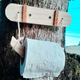 Porta papel higiênico em madeira (Dias Davila)