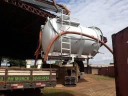 Tanque 6600 litros para limpeza de banheiro químico