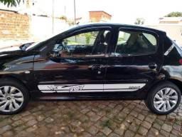 Carro Peugeot - 2010
