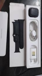 Apple watch series 4 +GPS + celular, 44mm, pulseira esportiva. Aceito proposta