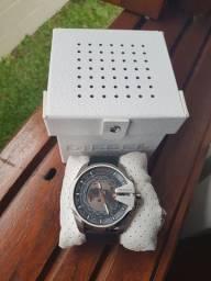Relógio Diesel Novo