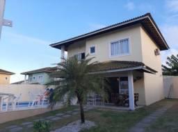SU074 - Casa linda em Buraquinho - 03 quartos