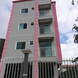 _/ Apartamento de 02 Q, sacada, Novo , piso completo , Aceita carro de entrada