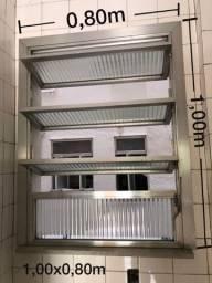 Janela Basculante De Alumínio Com Vidro Canelado - 1x0,80m