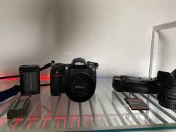 Camera Profissional Nikon D300 (KIT)