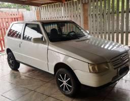 Vende-se um Fiat/Uno