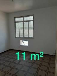 Alugo amplo apartamento c/ 2 quartos em Marechal Hermes