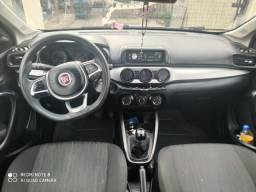 Fiat Argo 2018 completo.