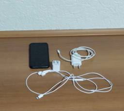 Vende-se IPhone 8 / 64GB