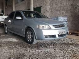 Astra Sedan automático (Troco por Ágio)