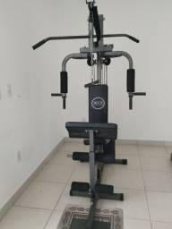 Estação de musculação WTC Fitness