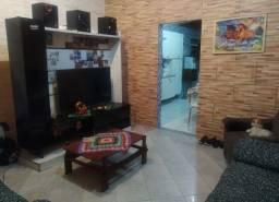 Vendo ou troco casa podendo ampliar seus ambientes.
