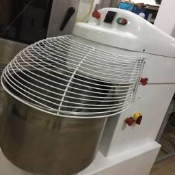 Amassadeira Espiral G.paniz usada 60kg - AE60
