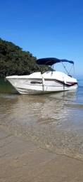 Vendo lancha toda perfeita 21 pés 8 +1  só pegar e navegar com sua família