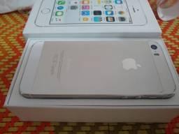 Vendo iPhone 5s Silver 16GB na caixa