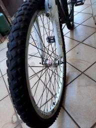 Bicicleta gta toda alumínio