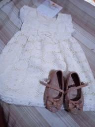 Vendo vestido e sapatilha novos