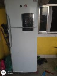 Geladeira Duplex gelando
